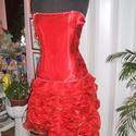 Menyecske, alkalmi, báli ruha, selyem-organza, füzős, Esküvő, Ruha, divat, cipő, Menyasszonyi ruha, Esküvői ruha, Gyöngyfűzés, Varrás, Egyedi tervezésű, elegáns piros menyecske, alkalmi, báli, táncruha. Anyaga selyem - organza. Hátán ..., Meska