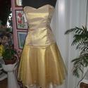Alkalmi, báli, táncruha, arany, füzős, Esküvő, Ruha, divat, cipő, Menyasszonyi ruha, Esküvői ruha, Varrás, Egyedi tervezésű és készítésü alkalmi, báli, táncruha. Anyaga rulex. Elől rövid, hátul hosszú. Füző..., Meska