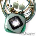 Csillogó zöld-menta üvegékszer szett, nyaklánc, fülbevaló, Ékszer, óra, Fülbevaló, Medál, Ékszerszett, Ékszerkészítés, Üvegművészet, Áttetsző, közép zöld , menta zöld, ezüstös-arany dichroic üveg felhasználásával készült a medál és ..., Meska