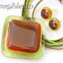 Aranyló zöld üvegékszer szett, nyaklánc, fülbevaló -- AKCIÓS!!!, Ékszer, óra, Ékszerszett, Fülbevaló, Medál, Ékszerkészítés, Üvegművészet, 3190-Ft helyett 2490-Ft.  Áttetsző zöld és csillogó beige-vörös-barna üveg felhasználásával készült..., Meska