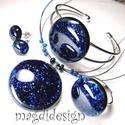 Kék aventurin csillogás üvegékszer szett, nyaklánc, karkötő, gyűrű, fülbevaló, Ékszer, óra, Nyaklánc, Gyűrű, Karkötő, Ékszerkészítés, Üvegművészet, Csillogó, kék aventurin üveg felhasználásával készült a medál, a karkötő, a gyűrű és a fülbevaló, o..., Meska