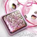 Rózsaszín pezsgő üvegékszer szett nyaklánc,  fülbevaló, Ékszer, óra, Medál, Fülbevaló, Ékszerszett, Ékszerkészítés, Üvegművészet, Csillogó pink-rózsaszín-pezsgő mintás dichroic és rózsaszín ékszerüveg felhasználásával készült a m..., Meska