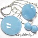 Pasztell kék üvegékszer szett, nyaklánc, gyűrű, fülbevaló, Ékszer, óra, Gyűrű, Ékszerszett, Medál, Ékszerkészítés, Üvegművészet, Púderes, kissé szürkéskék  ékszerüveg felhasználásával készült a medál, a gyűrű és a fülbevaló, olv..., Meska