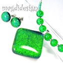 Smaragdzöld gyémántfény üvegékszer szett, nyaklánc, pötty fülbevaló, Ékszer, óra, Medál, Fülbevaló, Ékszerszett, Ékszerkészítés, Üvegművészet, Óriási választék dichroic ékszerekből boltomban!!!  Smaragdzöld dichroic üveg felhasználásával kész..., Meska