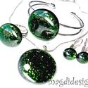 Zöld aventurin csillogás üvegékszer szett, nyaklánc, karkötő, gyűrű, kapcsos fülbevaló, Ékszer, Nyaklánc, Gyűrű, Karkötő, Csillogó, Zöld aventurin üveg felhasználásával készült a medál, a karkötő, a gyűrű és ..., Meska