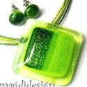 Csillogó zöld liget üvegékszer szett, nyaklánc, pötty fülbevaló, Ékszer, Fülbevaló, Medál, Ékszerszett, Ékszerkészítés, Üvegművészet, Áttetsző, mintás, csillogó zöld ékszerüveg felhasználásával készült a medál és a stiftes fülbevaló,..., Meska