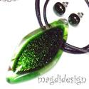 Csillogó zöld levél üvegékszer szett, nyaklánc, pötty fülbevaló, Ékszer, Medál, Fülbevaló, Ékszerkészítés, Üvegművészet, Elegáns, levél formájú csillogó medál és fülbevaló, alkalmi és mindennapos öltözéknek is tökéletes ..., Meska