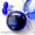 Királyi elegancia kék-feketében  üvegékszer szett, nyaklánc, pötty fülbevaló, Ékszer, Fülbevaló, Ékszerszett, Medál, Ékszerkészítés, Üvegművészet, Csillogó, kék-fekete és áttetsző kék ékszerüveg felhasználásával készült a medál és a stiftes fülbe..., Meska