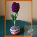 Tulipán, Otthon & Lakás, Dekoráció, Asztaldísz, Horgolás, A képen egy kb. 20cm horgolt tulipán látható cserépben, mely akár anyáknapjara is kiváló ajándék le..., Meska