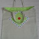 Bevásárló szatyor - piros horgolt csipkével - Anyáknapjára, Táska, Szatyor, Egyedi, erős, bélelt bevásárló szatyor.  Újrahasznosított vászonból készült, bélése zöld, masnimintá..., Meska