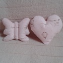 Szív és pillangó csörgő (2 db) kisbabáknak, Bébi plüss anyagból készítettem a kisbaba já...