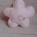Virágcsörgő kisbabáknak gyermeknapra is, Bébi plüss anyagból készítettem. Lágy hangú...
