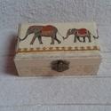 Elefántos díszdoboz - Anyáknapjára, Otthon, lakberendezés, Tárolóeszköz, Doboz, Decoupage-/szalvétatechnikával készült a díszdoboz,. Belseje, alja is festve van. Méretei:  12,5 x 7..., Meska