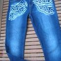 Csipke mintás,festett farmer 40, Ruha, divat, cipő, Női ruha, Nadrág, Festett tárgyak, Koptatott kék színű,40es méretű,egyenes szárú farmer,kézzel festett csipkemintával az elején és   a..., Meska