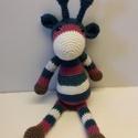 Színes zsiráf, Játék, Játékfigura, Pink-kék-zöld-barna-fehér  színekben készítettem el ezt a vidám kis zsiráfot. Kb 20 cm magas..., Meska