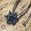 Csillag makramé csomózott nyaklánc, Ékszer, óra, Nyaklánc, Makramé technikával, azaz csomóról-csomóra készült fekete-türkiz csillag mintájú nyaklánc, türkinit ..., Meska
