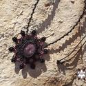 Fekete makramé mandala nyaklánc lepidolittal, Ékszer, óra, Nyaklánc, Makramé technikával, azaz csomózással készült fekete mandala nyaklánc, gyönyörű mélymályva színű lep..., Meska