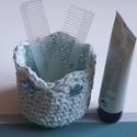 Horgolt  kék romantikus Vintage virágos kosár , Szépségápolás, Otthon, lakberendezés, Tárolóeszköz, Fürdőszobai kellék, Horgolás, Az újrahasznosítás jegyében készítettem ezt a kis kosárkát. Jó minőségú pólóból készült fonalból ho..., Meska