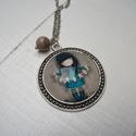 Kislányos ezüstszínű nyaklánc, Ékszer, Medál, Nyaklánc, Romantikus hangulatú, kedves nyaklánc, antik ezüstszínű, kislányos képpel. 38 mm átmérőjű..., Meska