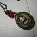 Kislányos nyaklánc - bronzszínű, Ékszer, Medál, Nyaklánc, Romantikus hangulatú antik bronzszínű nyaklánc, 18x25 mm-es üveglencsével, kislányos képpel...., Meska