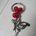 Kulcstartók - 800 Ft / db, Mindenmás, Kulcstartó, Piros pillangó - Ezüstszínű 30 mm átmérőjű kulcskarikára fűzött kulcstartó. A pillangós..., Meska