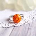 Orange gyűrű, Ékszer, óra, Gyűrű, Apró, narancssárga, virágmintás gyűrűt olvasztottam millefiori üvegből. Kedves, visszafogott tavaszi..., Meska
