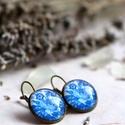 Indigo fülbevaló, Ékszer, Fülbevaló, Indigó-kék, virágmintás, romantikus üveglencsés fülbevalót készítettem bronz foglalatban. A fülbeval..., Meska