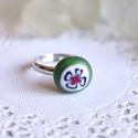 Tündérkert gyűrű, Ékszer, Gyűrű, Aprócska üveggyűrű, melyet millefiori üvegből ipari kemencében olvasztottam. Szolid színe, virágos m..., Meska
