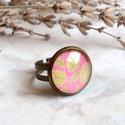 Leaves gyűrű, Ékszer, Gyűrű, Rózsaszín, falevél mintás pici gyűrűt készítettem bronz foglalattal. Igazi őszi ékszer. Az üveglencs..., Meska