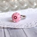 Rosie gyűrű, Ékszer, Gyűrű, Aprócska, rózsaszín üveggyűrű, melyet millefiori üvegből ipari kemencében olvasztottam. Szolid színe..., Meska