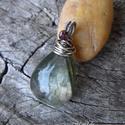 Lodolit ezüst medál - 925-ös ezüst, Ékszer, óra, Medál, Különleges zöld átlátszó lodolit ezüsttel. Minimál stílus. Egyedi minta alapján, kézzel készült kézm..., Meska