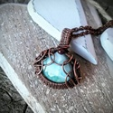 Ég - larimar réz nyaklánc, Ékszer, óra, Ékszerszett, Gyönyörű égszínkék larimar köves nyakláncot készítettem. Egy pici gránát kővel díszítettem Antikolta..., Meska