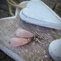 Rózsakvarc csepp ezüst fülbevaló, Ékszer, óra, Fülbevaló, Romantikus és elegáns fülbevaló rózsakvarccal és prehnittel.  Minden része saját készítésű. 925-ös e..., Meska