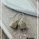 Pirit ezüst fülbevaló, Ékszer, Ballagás, Fülbevaló, Pirit kocka gyöngyből készült egyszerű fülbevaló. Minden része 925-ös ezüstből készült.  A fülbevaló..., Meska