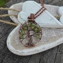 Életfa réz nyaklánc, Ékszer, Nyaklánc, Gyönyörű peridot gyöngyökből álló életfa medált készítettem. Kézműves termék, melynek a láncon és ka..., Meska
