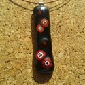 Piros-fekete medál, Ékszer, Ékszerszett, Üvegolvasztással készült medál és füli, melyhez moretti üveget és millefiori gyöngyöt has..., Meska