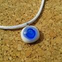 Pici kék körös , Ékszer, Nyaklánc, Medál, Üvegolvasztással készült medál,  melyhez millefiori gyöngyöt használtam fel.  Átmérője: 1..., Meska