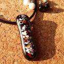 Szilánkos fekete medál dupla pár fülivel, Ékszer, Nyaklánc, Üvegolvasztással készült medál, melyhez moretti üveget,  millefiori üvegdarálékot használt..., Meska