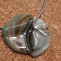 Tengeti föveny medál , Ékszer, Nyaklánc, Spektrum üvegből, üvegolvasztással készült medál.  Átmérő: 3.9 cm, szürke bőszálon. Kívánságra viasz..., Meska