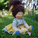 Emmy -- 35cm-es waldorf ihletésű baba, 100% természetes anyagokból készítem a babáka...
