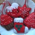 Filc karácsonyi dekoráció, Dekoráció, Otthon, lakberendezés, Dísz, Filc karácsonyi dekoráció, 5 db dísz gyöngyökkel díszítve.  Méretük: kb. 8 cm.  Az ár egy..., Meska