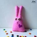 Textil játék nyuszi (rózsaszín), húsvéti nyúl, A legszolidabb nyuszink: halvány rózsaszín, any...