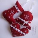 Karácsonyi függők - ajtó-, ablak-, karácsonyfa dísz , Dekoráció, Karácsonyi, adventi apróságok, Ünnepi dekoráció, Karácsonyi dekoráció, Varrás, Piros filcből készítettem ezeket a karácsonyi apróságokat, amik akár a fenyőfa vagy a lakás díszeké..., Meska