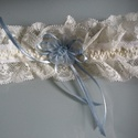 Krém, kék harisnyakötő, Esküvő, Krém-kék, harisnyakötő különleges csipkével.   Anyaga: csipke, elasztikus gumin  Szín: Krém..., Meska