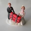 Utazós nászpár bőrönddel, Esküvő, Esküvői dekoráció, Nászajándék, Ha úgy érzed, hogy feldobnád az Esküvőd valami nem hétköznapival, akkor a legjobb helyen jársz! :) E..., Meska