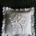 Gyűrűpárna, Esküvő, Gyűrűpárna, Hófehér hímzett matyó motívummal készült gyűrűpárna. Mérete 20x20  cm ., Meska