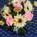 Virágbox, Dekoráció, Otthon, lakberendezés, Csokor, Asztaldísz, Asztal disz. Örök csokor. Fa dobozban habrozsa és selyemvirág öszi színekkel.A doboznak két o..., Meska