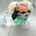 Dekor bicikli, Dekoráció, Dísz, Polifon vrággal díszített dekor tricikli. Hossza kb 25 cm . Magassága kb 15-20 cm, Meska
