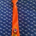 Hímzett  gyerek nyakkendő, Férfiaknak, Magyar motívumokkal, Ruha, divat, cipő, Férfi ruha, Kézzel hímzett  gyerek  nyakkendő gumis illetve megkötős változatban. Egyedi elképzeléseket ..., Meska