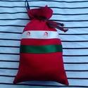 Mikulás zsák, Karácsonyi, adventi apróságok, Ajándékzsák, Piros mikulás zsák vászonból, zöld és mikulás mintás szatén szalaggal díszítve. Egy akasz..., Meska